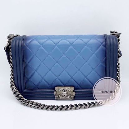 Picture of Chanel Le Boy New Medium Lambskin
